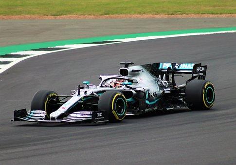 Lewis Hamilton ist unangefochtener Spitzenverdiener in der Formel 1